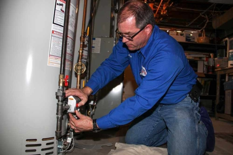 Water heater installation in Milwaukee